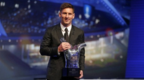 Messi_ha_ganado_el_premio_UEFA (2)